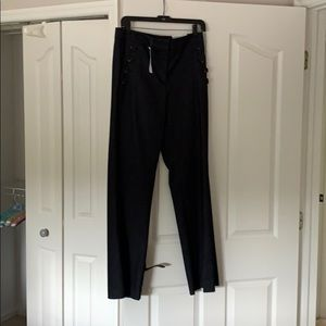 Ann Taylor 'The Flare' size 4 pants.
